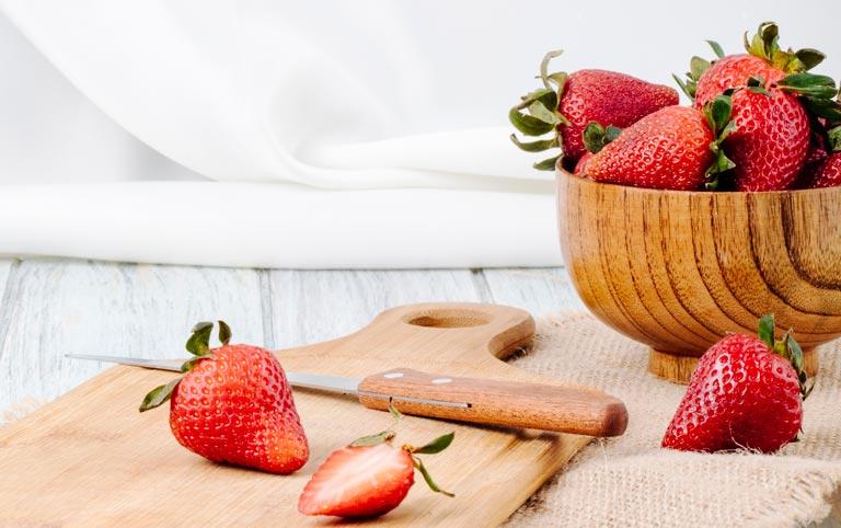 8 Manfaat Strawberry Yang Bikin Jatuh Hati Sampai Mati