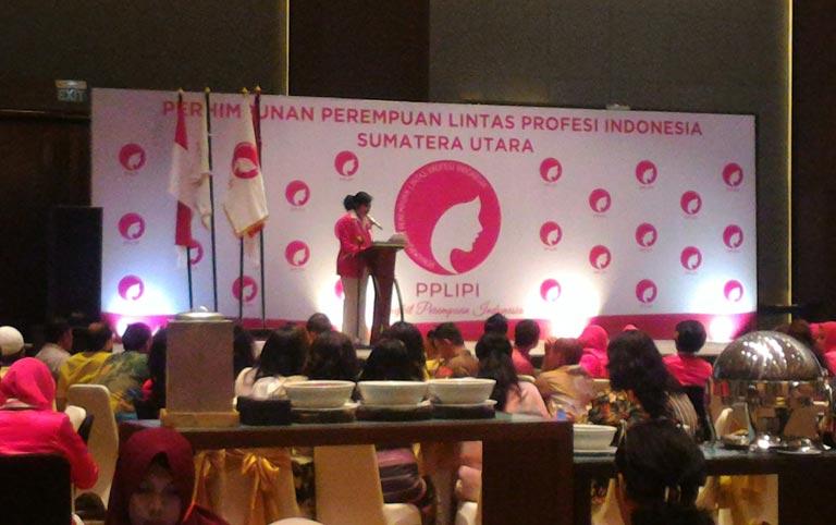 Donat Kentang Donita Di Acara Perhimpunan Perempuan Lintas Profesi Indonesia Sumatera Utara
